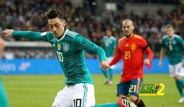 🔴 صورة.. أوزيل يستعيد ذكرياته في ريال مدريد بعد نهاية مباراة ألمانيا وإسبانيا